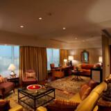 Præsidentsuiten på øverste etage af det luksuriøse hotel Burj al-Arab i Dubai løb med titlen som verdens bedste i de årlige World Travel Awards. Se de 17 nominerede suiter i billedserien herunder.
