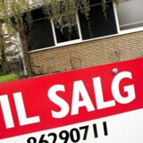 Antallet af boligejere, der må opgive at betale afdragene på boligen og sætte den på tvangsauktion er dalet.