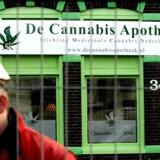 Nu er det slut med at tage til Holland og købe sig en joint.