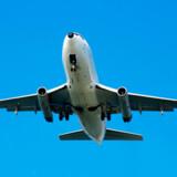 Prisen på oversøiske flybilletter er helt i bund i øjeblikket, viser Dansk Flyprisindex, som udgives af rejsesøgemaskinen Travelmarket.dk. Søg billige flybilletter her på Rejseliv.dk