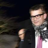 tTidligere skatteminister Troels Lund Poulsen forlader skattesagskommissionen efter afhøringerne onsdag d. 18 december 2013 i Søborg.