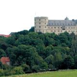 Fredelig ser der ud, og der er da også meget charmerende i området – lige indtil man hører om de groteske planer SS-toppen havde for slottet i Wewelsburg.