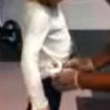 En seks-årig pige bliver udsat for omfattende kropsvisitation i Armstrong International Airport i New Orleans. Se videoen nederst i artiklen.