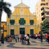Sidste år besøgte 28 millioner mennesker Macau. De fleste kinesere, der kom for at gamble.