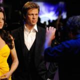 Voksfigurerne af Angelina Jolie og Brad Pitt bliver fotograferet ved åbningen af Madame Tussauds Hollywood.