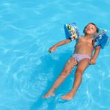 Selv om der er solgt færre rejser, er chancen for at få poolen for sig selv nok ikke stor.