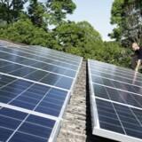 Per Blinkenberg-Thrane har valgt at investere dele af sin formue på solceller. Han er ikke bekymret over de beskatninger på solenergi, som nogle lande rundt om i Europa måske kommer med.
