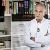 """Peter C. Gøtzsche holder pressemøde om bogen """"Deadly Medicines and Organised Crime"""" (Dødelig medicin og organiseret kriminalitet), der bl.a. handler om lægemidler, lægemiddelindustrien og hvorfor industrien ikke skal stå for undersøgelser af egen medicin."""