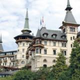 Dolder Grand Hotel lever op til sit grandiøse navn. Det er klassisk germansk alpeidyl med udsigt.