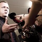 Det var en noget sammenbidt Lars Løkke Rasmussen, som tirsdag aften mødte pressen efter mødet med Venstres forretningsudvalg om bilagssagen.