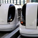 En Pod kører på batteri og vurderes til at være meget mere miljøvenlig end de CO2-udslippende busser.