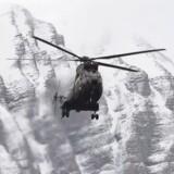 En helikopter nær ulykkesstedet.