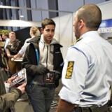 ARKIVFOTO FRA UDDANNELSESMESSE I AALBORG, hvor politiet gerne ville have flere indvandrere ind til korpset