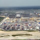 At etablere sig i fremmede havne, som her Onne-terminalen i Nigeria, kan byde på forskellige udfordringer i form af »smørelse« – også for APM Terminals. Foto: Scanpix