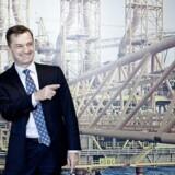 A.P. Møller - Mærsk erkender for første gang, at betingelsen for selskabets helt centrale oliekontrakt i Qatar sandsynligvis bliver ændret. Licensaftalen udløber i 2017, og en forlængelsen har været omgærdet med stor tavshed fra den danske virksomhed og myndighederne i Qatar.Her ses Jakob Thomasen, topchef for Maesk Oil.