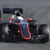 Magnussen afløser skadet Alonso i Formel 1-premiere. Kevin Magnussen afløser Fernando Alonso hos McLaren i sæsonens første Formel 1-grandprix i Australien 15. marts, oplyser McLaren i en pressemeddelelse...