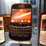 Blackberry, som hidtil har været erhvervstelefon nummer 1, er presset af andre mærker, men Samsung vil ikke købe selskabet. Foto: Kim Hong-ji, Reuters/Scanpix