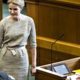 Statsminister Helle Thorning-Schmidt og finansminister Bjarne Corydon kan finde støtte hos OECD til den stramme finanspolitik.