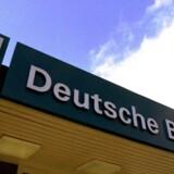 Deutche Bank, Tysklands største, fylder 60 pct. af Tysklands BNP. Danske Bank fylder til sammenligning næsten 175 pct af Danmarks BNP.