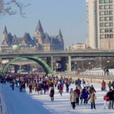 Rideau-kanalen i den canadiske hovedstad bliver hvert år til verdens største skøjtebane.