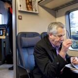 Transportminister Hans Christian Schmidt vil have ro på Kystbanen og hos DSB generelt.