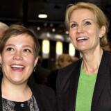 ARKIVFOTO. Sundhedsminister Astrid Krag forlader det kuldsejlede SF, som træder ud af regeringssamarbejdet, og tilslutter sig i stedet Helle Thorning-Schmidt og Socialdemokraterne. Her ses Astrid Krag med sin nye formand ved Danske Regioners generalforsamling i 2013.