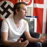 Daniel Carlsen er tidligere medlem af det danske nazist-parti Danmarks Nationalsocialistiske Bevægelse. I april 2011 brød han ud af partiet og stiftede i juni det nye stærkt højreorienterede parti Danskernes Parti.