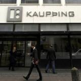 Sigurdur Einarsson er mistænkt for børsmanipulation, efter krakket af Islands største bank.