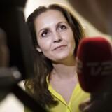Pia Olsen Dyhr (SF) har meldt sig ind i formandsvalgkampen i det kriseramte SF.