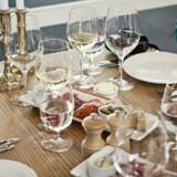 Et bord på Le Sommelier Bar & Bistro, der åbner i Københavns lufthavn i december.