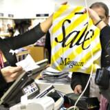 Flere modefirmaer vil slå sig sammen i det kommende år, spår analyse.