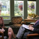 Nyhedsværten på tv-stationen ABC, Charles Gibson, har fået det første større interview med Sarah Palin, efter hun blev vicepræsidentkanidat.