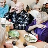 Overvismand Hans Jørgen Whitta-Jacobsen kalder det »ulogisk,« at folkepensionister får mere i støtte til huslejen end ikke-pensionister, når de ellers har ens indkomstforhold