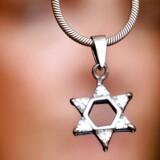 Politiindsatsen over for antisemitisme skal opgraderes, mener Lars Aslan Rasmussen.