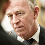 Udenrigsminister Villy Søvndal (SF) roser de store dele af pressen, som valgte at følge myndighedernes anbefaling om at være tilbageholdende med at omtale den danske gidselsag fra Somalia.