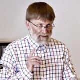 Skattesagskommissionens formand, Lars E. Andersen, siger, at brevskriveren til enhver tid skal være velkommen til at melde sig. Også efter kl. 12 tirsdag den 8. oktober 2013, hvor brevet frigives.