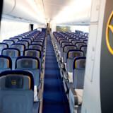 De fleste, 420 passagerer, sidder på økonomiklasse, mens der på business class er plads til 98, og otte heldige passagerer kan sætte sig til rette på first class som ses på billedet.