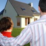 Er prisen på boligen lavere, end da lånet blev optaget, har man ikke krav på at få refinansieret et afdragsfrit lån, og så må man i gang med at betale afdragene.