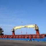 """To danske og fire filippinske søfolk ombord på """"Leopard"""" fra Shipcraft blev taget som gidsler 12. januar."""