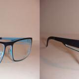 To tilsyneladende ens sæt briller, men der er forskel. Det er originalen til højre og Ray-Ban-kopien til venstre.