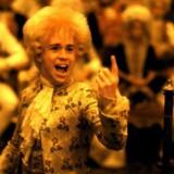 Milos Formans snart 30 år gamle »Amadeus« er mesterlig som film, men giver et meget forkert billede af det hårdtarbejdende geni. Titelrollen blev spillet af amerikanske Tom Hulce med parykken og den forrykte latter. Ingen har hørt meget til ham siden. Foto: AFP