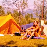 Leif Poulsen foran teltet nær Dubrovnik.