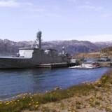 »Vædderen« er her anløbet Grønnedal, Grønland i sommeren 2004. Regningen for at nedlægge flådebasen er nu firedoblet.