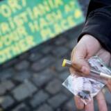 På billedet ses hash og en joint købt 5. sept 2016 på Christiania, tre dage efter christianitternes rydning af boderne i Pusher Street. I dag er der fortsat ikke boder, men der sælges stadig cannabis.
