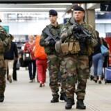 Frankrig er stadig i forhøjet beredskab. Det franske parlament vedtog torsdag en ny antiterrorlovgivning, der skal erstatte den undtagelsestilstand, der blev indført i 2015 efter et angreb i Paris. / AFP PHOTO / GEOFFROY VAN DER HASSELT