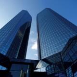 Deutsche Bank har skiftet topledelsen ud. Back to basis er vejen frem. Finansielle operationer skal koncentreres og styres stramt. Omkostningerne skal ned med ti pct.