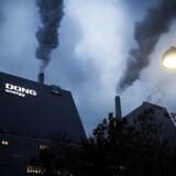 Arkivfoto af Dong Energy turbiner i Hvidovre.