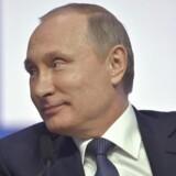 Putin beriger sig selv og sine venner ved hjælp af statskassen, siger et amerikansk ministerium.
