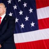 Trump udskyder USA's store klimabeslutning. Jeg annoncerer min beslutning om Parisaftalen i løbet af de kommende dage, skriver Donald Trump på Twitter.