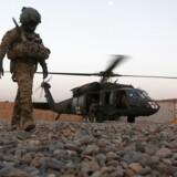 Arkivfoto. EN amerikansk mililtærmænd fotograferet under en mililtærøvelse i Helmand provinsen. REUTERS/Omar Sobhani